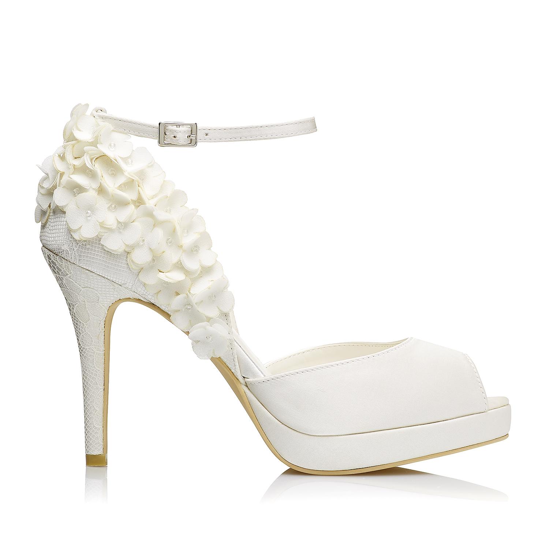 8b3212b0d5 Bridal Shoes – Matching Bridal Shoes . Menbur Shop . OFFICIAL SITE & SHOP  ONLINE